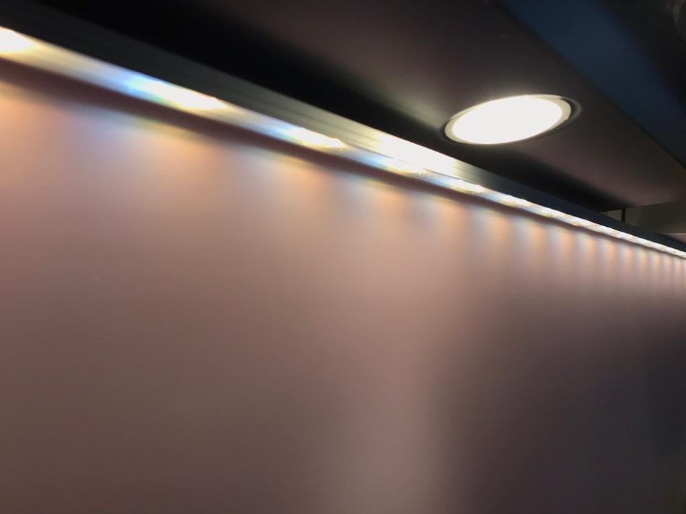 Ausprobiert: Alu-Profilschienen für die Philips Hue LightStrips ...