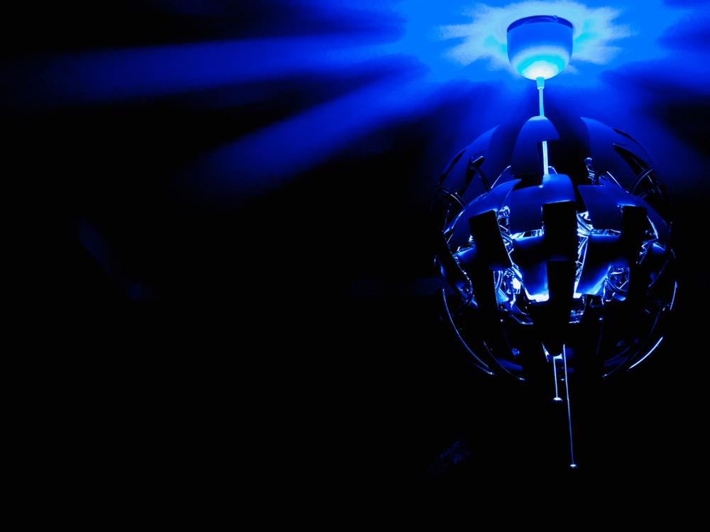 schnell und einfach ikea ps 2014 mit hue lampe aufwerten. Black Bedroom Furniture Sets. Home Design Ideas