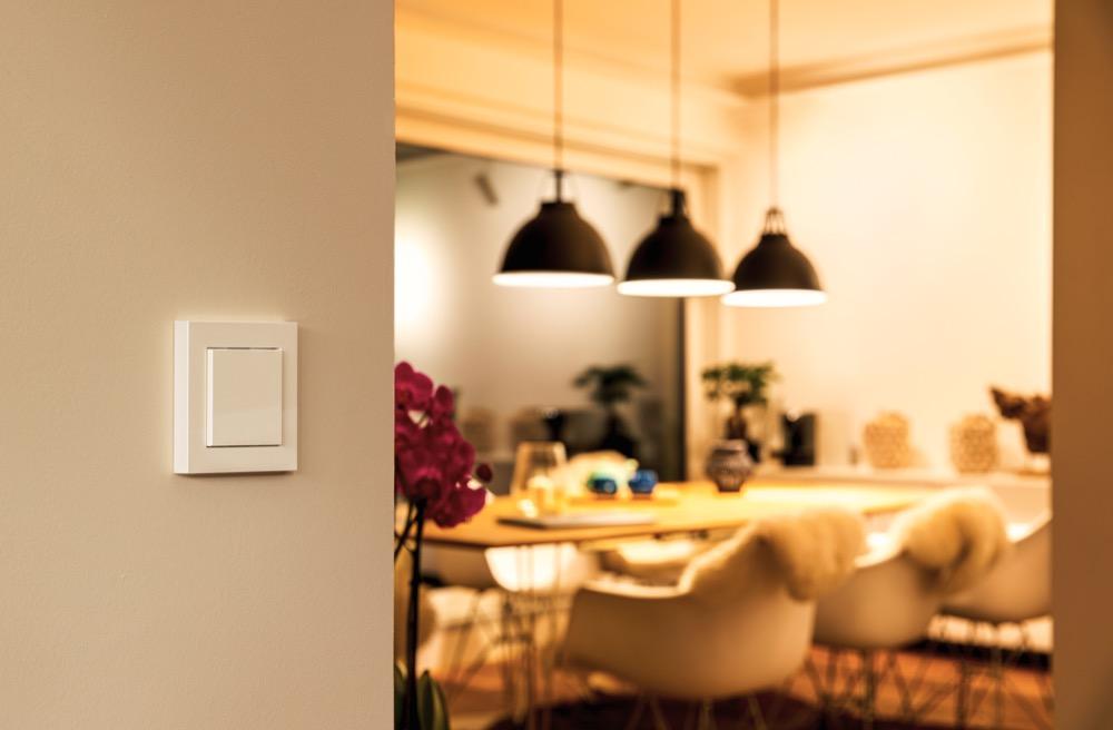 Hueblog: Philips Hue interessiert sich für smarte kabelgebundene Lichtschalter