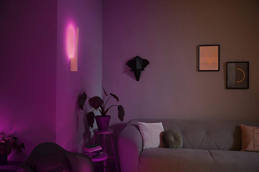 philips hue liane ausgepackt die neue wandleuchte im detail. Black Bedroom Furniture Sets. Home Design Ideas