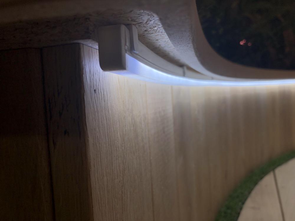 Hueblog: Hue Outdoor LightStrip: Die letzten Zentimeter leuchten nicht richtig