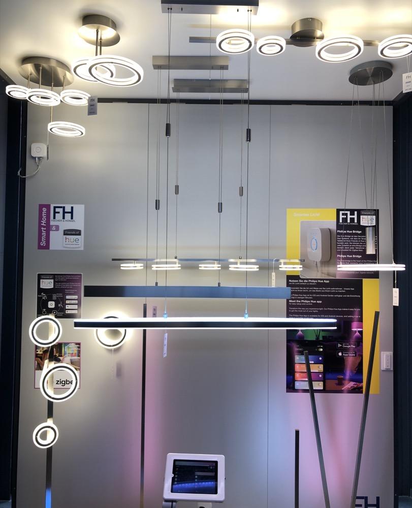 fischer honsel zeigt erste friends of hue leuchten. Black Bedroom Furniture Sets. Home Design Ideas