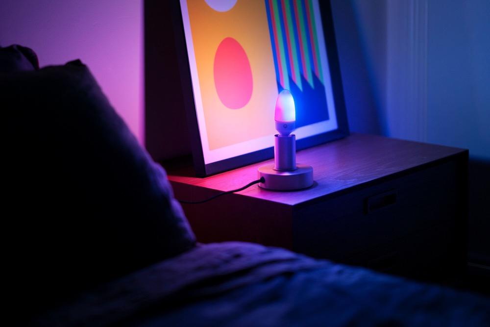 Hueblog: LIFX Candle Colour: Mehrfarbige E14-Kerzenlampe angekündigt