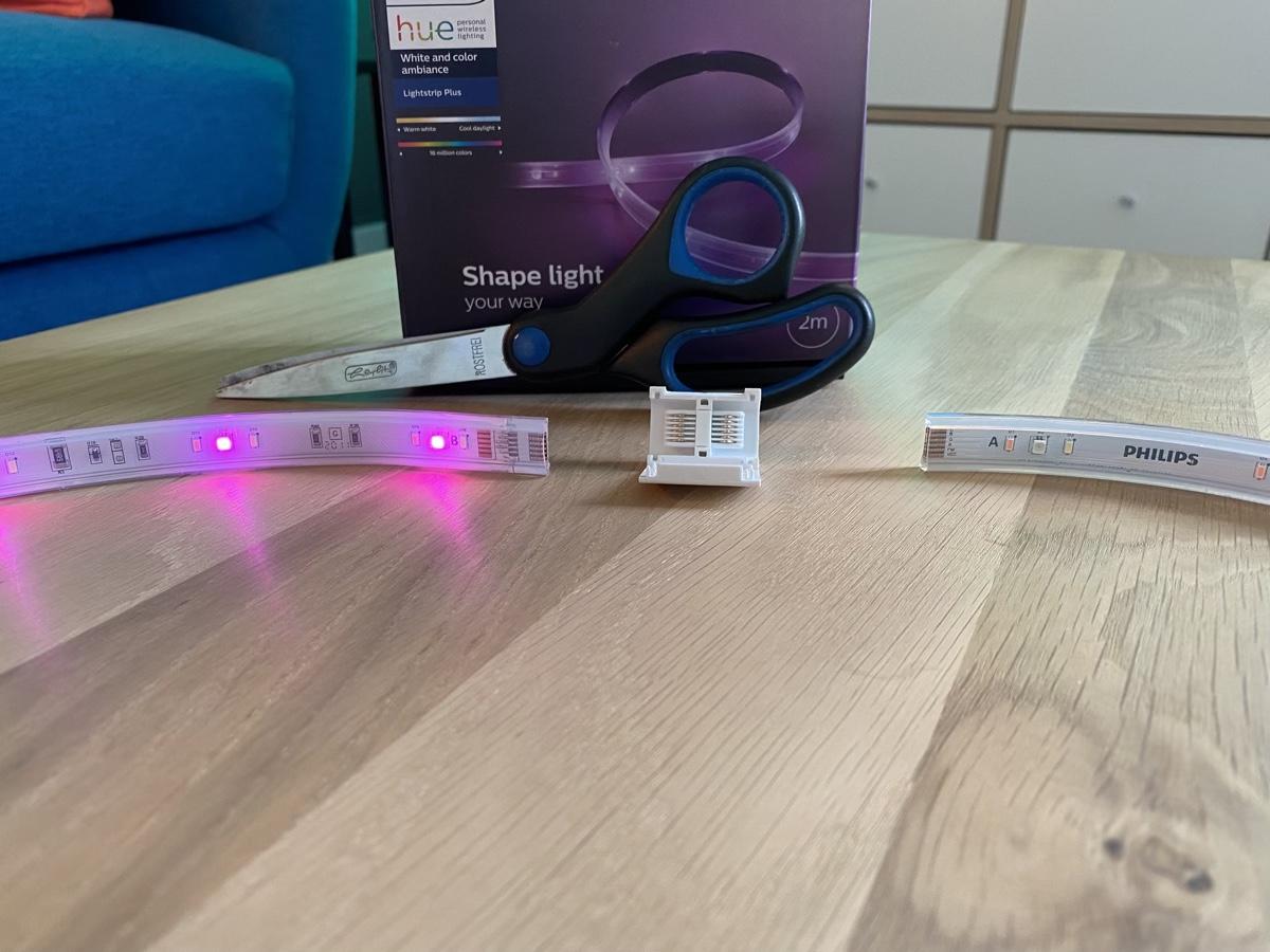 Hueblog: Hue Connector: Abgeschnittenen Philips Hue LightStrip Plus wieder verbinden