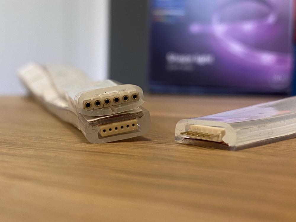 Hueblog: Alter Lightstrip mit neuer Verlängerung: Adapter kommt bald