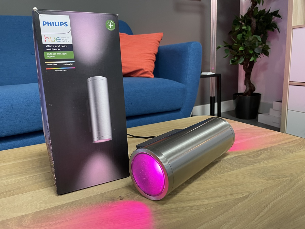 Hueblog: Philips Hue sollte jede Wandleuchte mit diesem Mechanismus ausstatten